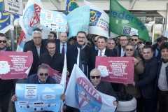 Manifestazione dell'UDC contro il caro voli all'aeroporto di Catania